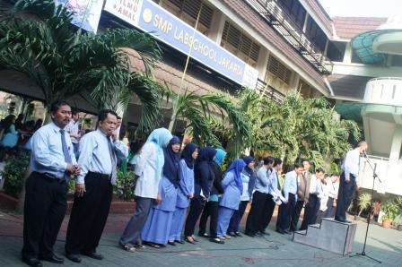 Guru-guru SMP Labschool Jakarta
