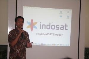 Mas Kis dari Indosat memberikan sambutan