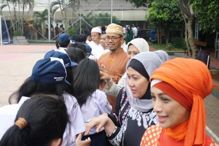 Halal Bi halal Unit SMP Labschool Jakarta
