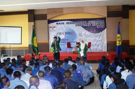Mahasiswa Senior Memberikan Pengarahan kepada Mahasiswa baru FT-UNJ