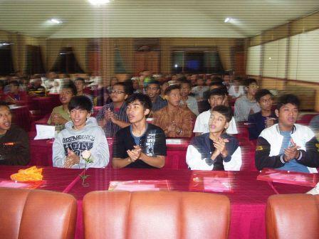 Para Siswa Berprestasi dari SMK di Jakarta Selatan