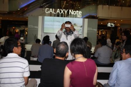 Suasana Peluncuran Galaxy Note 10.1