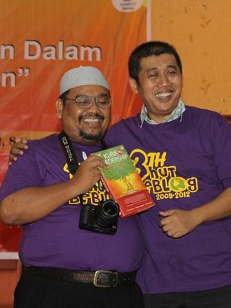 Omjay dan Pak Jamil Azzaini
