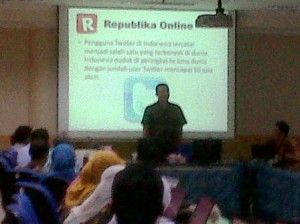 Workshop Jurnalistik oleh TIM dari Republika Online