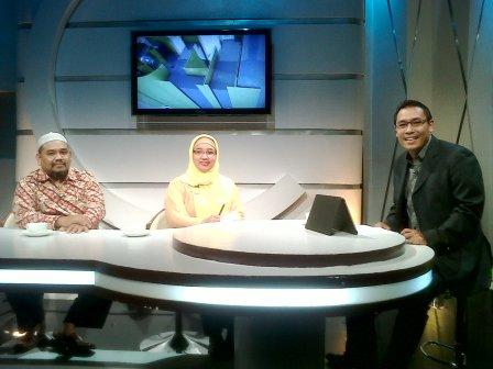 Omjay dan Bu Retno di Acara Alif TV
