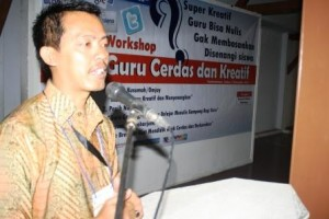 Kang Usman Kusmana (Ketua Panitia Pelatihan Guru Cerdas dan Kreatif)