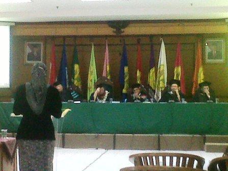 Presentasi Ibu Yayah Hidayah