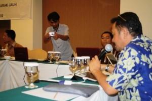 Presentasi dan arahan pak gator direktur Seamolec