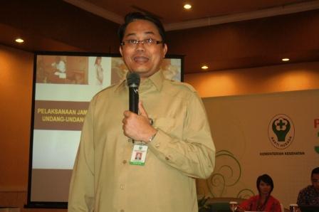 Presentasi dari drg. Usman Sumantri