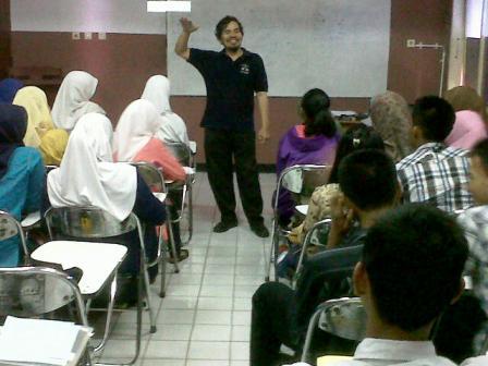 Motivasi dari pak Suhartono, Dosen Kimia FMIPA UNJ