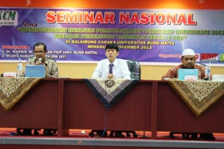 Omjay di Universitas Bung Hatta Padang