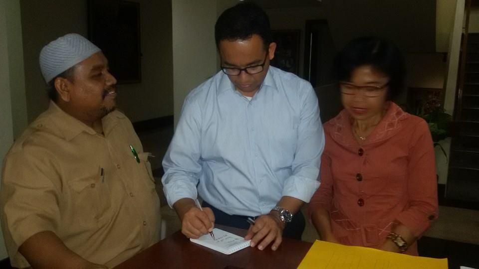 Omjay bersama mendikbud Anis Baswedan