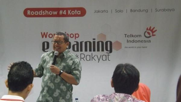Onno W Purbo di Workshop elearning untuk Rakyat